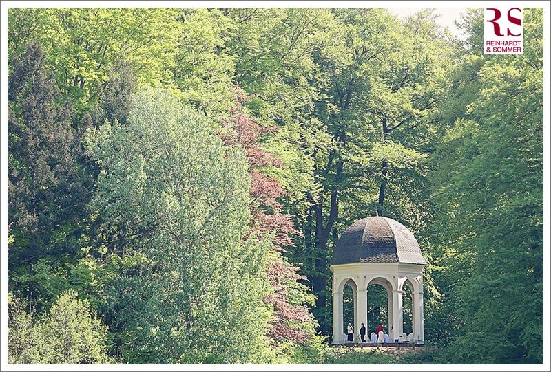 Trauung im Apollotempel bei einer Hochzeit auf Schloss Boitzenburg