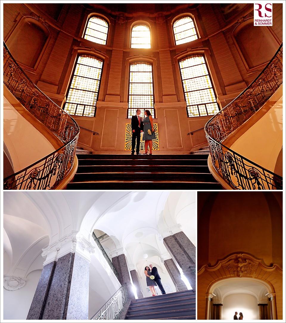 Brautpaarfotos einer Hochzeit im Standesamt im Rathaus Potsdam