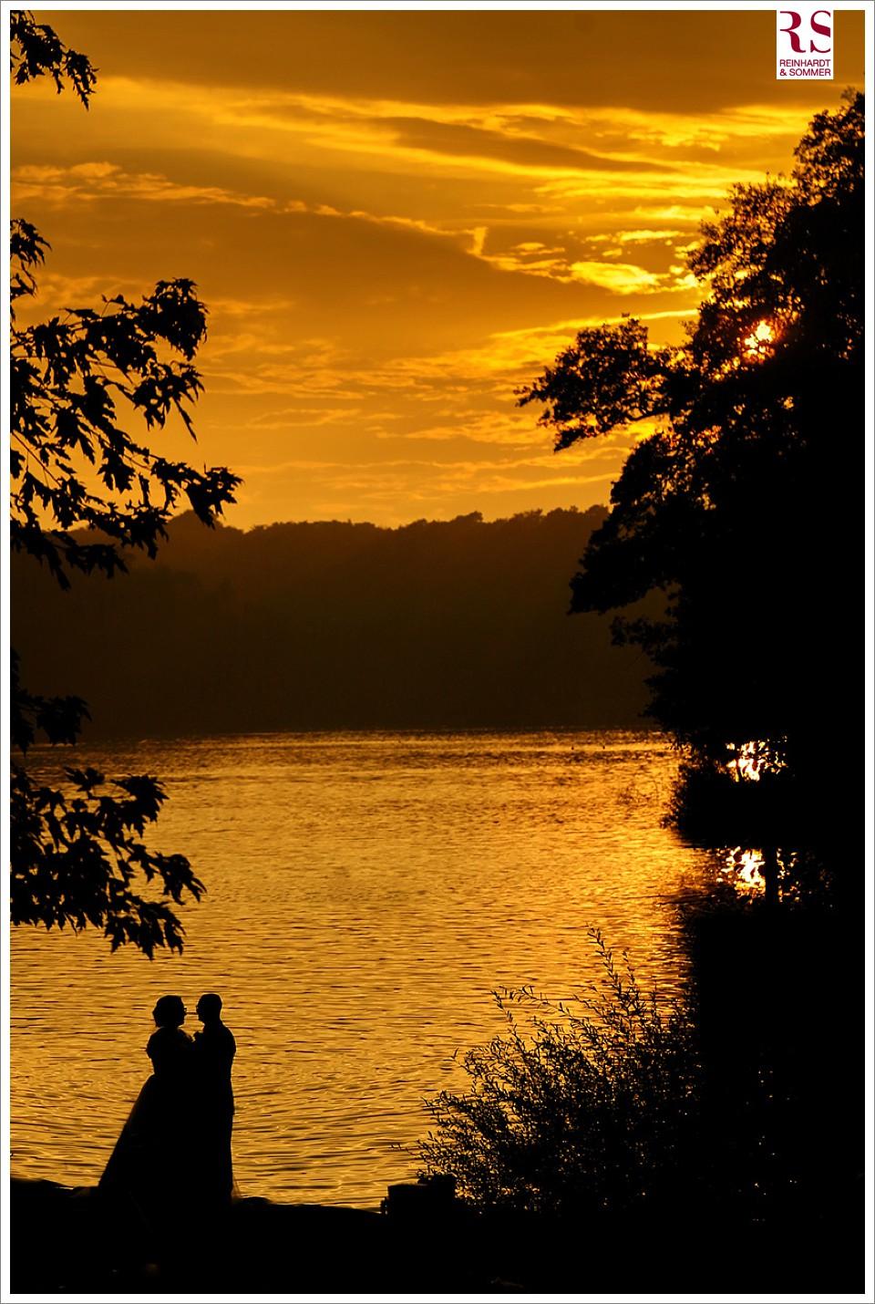 Sonnenuntergang bei einer Hochzeit in der Fischerhütte am Schlachtensee Berlin