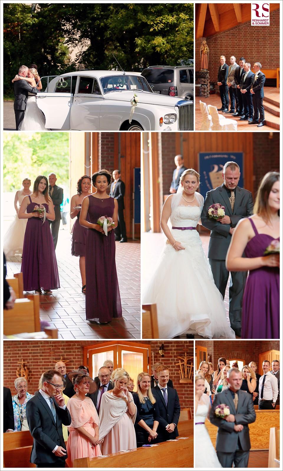 Einzug der Braut unter Tränen der Gäste in der Kirche in Berlin Britz