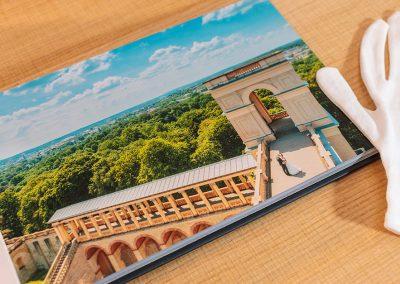 Hochzeitsalbum mit Echtfoto-Seiten für Hochzeitsfotos von Reinhardt und Sommer, Hochzeitsfotografen für Potsdam und Brandenburg