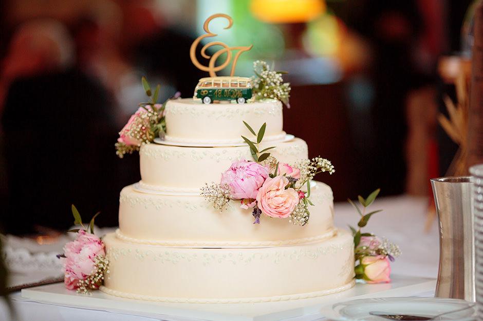 Hochzeitsdekoration aus Pfingstrosen