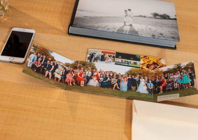 Danksagungskarte als Klappkarte mit Möglichkeit für das Panorama-Gruppenfoto von Reinhardt und Sommer, Hochzeitsfotografen für Potsdam und Brandenburg