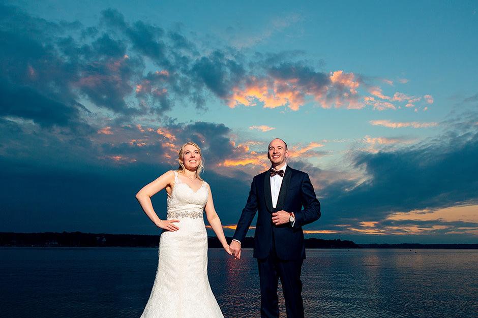 Brautpaar im Sonnenuntergang in Berlin