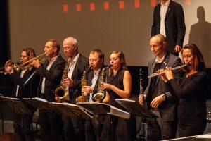 Foto einer Band auf der Bühne in Berlin