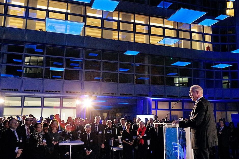 Eröffnungsrede im Helmholtz Zentrum durch einen Veranstaltungsfotograf in Berlin fotografiert