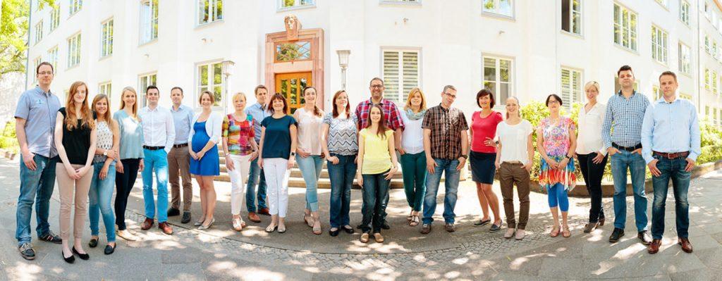 Gruppenfoto und Mitarbeiterfoto einer Berliner Firma