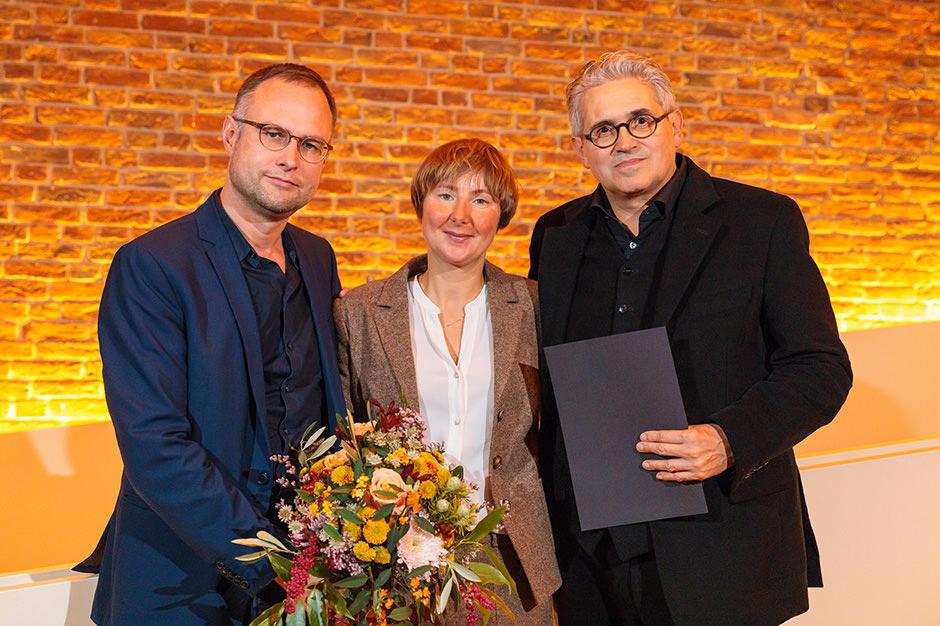 Veranstaltungsfoto mit Preisträgern in Berlin