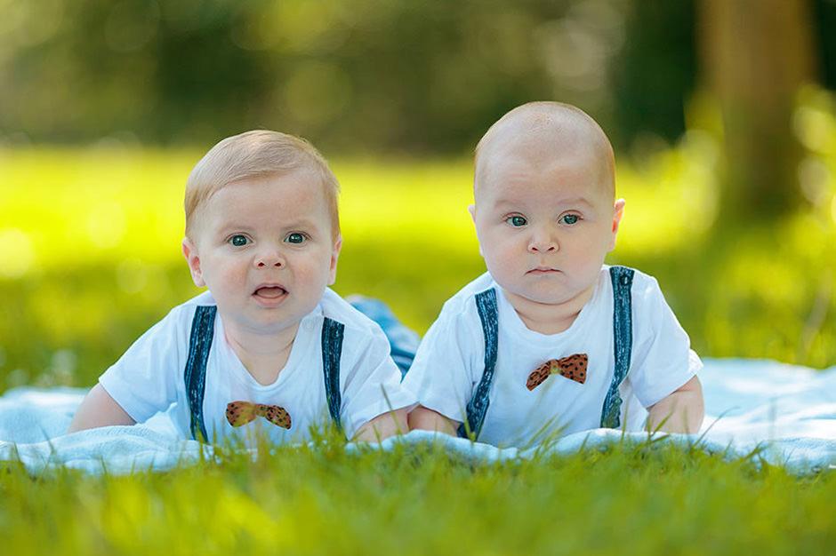 Babyfotos Neugeborenenfotografie Reinhardt Sommer Fotografen