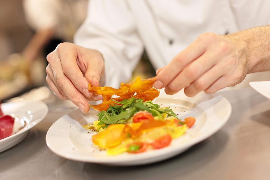 Detailfoto Food Essen wird serviert in Restaurant in Potsdam