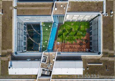 Immobilienfotog mit Drohne in Berlin von oben