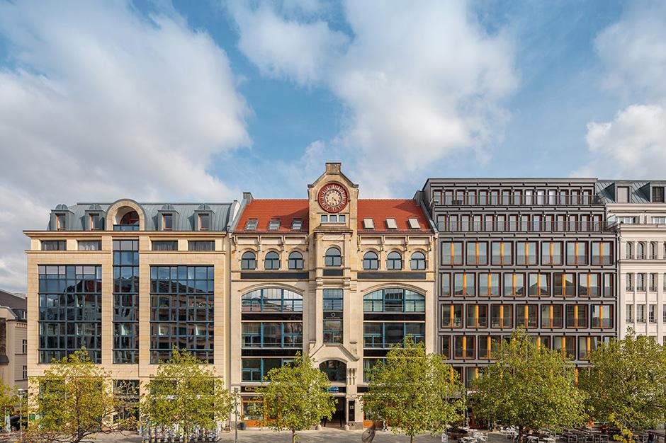 Foto mit dem Hochstativ einer Gewerbeimmobilie in Berlin im ED-R