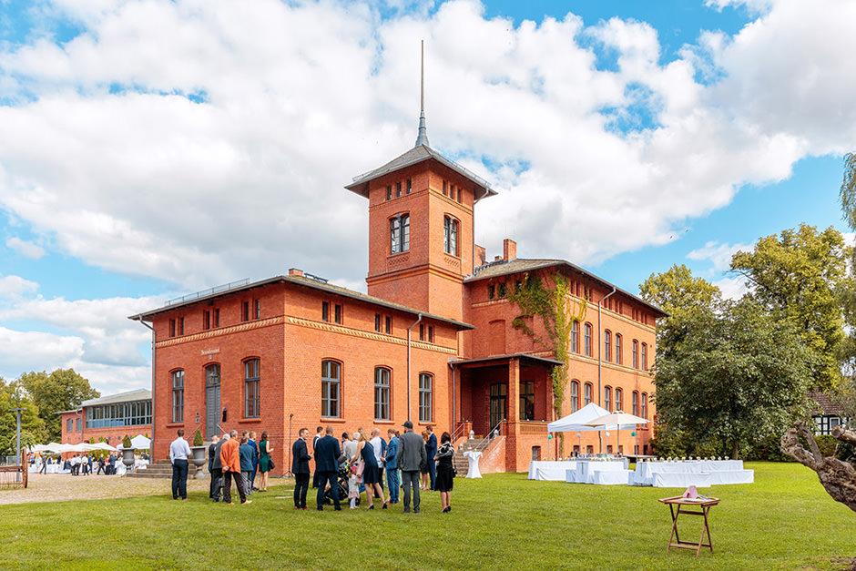 Sommerhochzeit Auf Dem Landgut Stober Reinhardt Sommer Potsdam