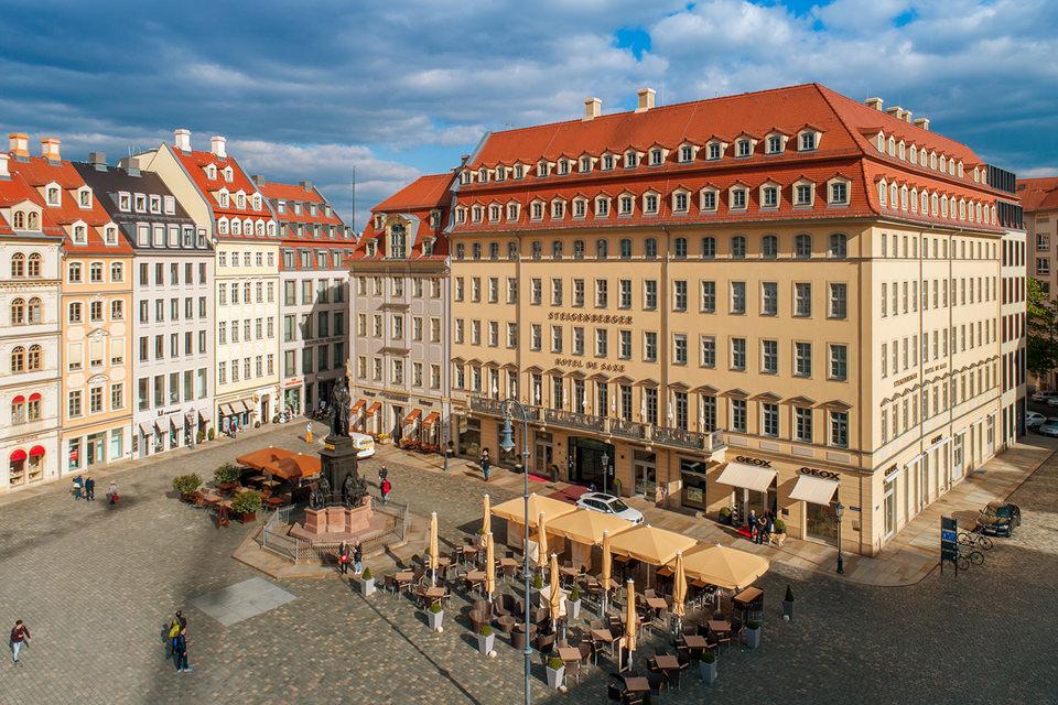 Architekturfoto in Dresden mit Drohne