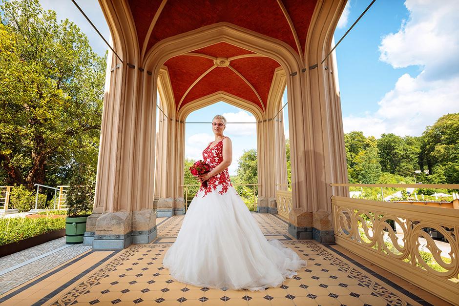 Brautporträt auf Schloss Babelsberg in Potsdam