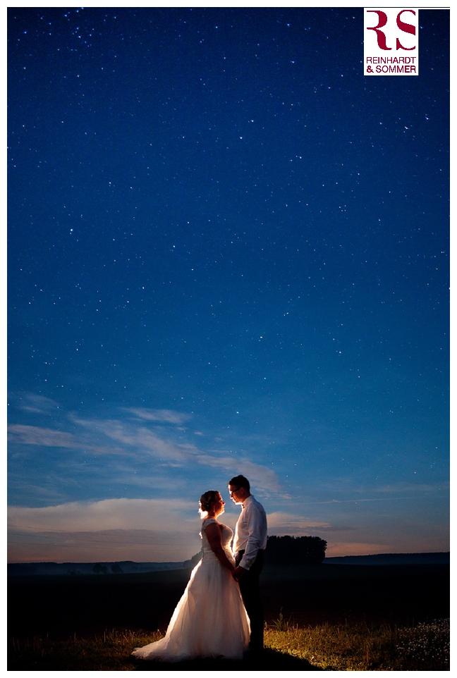 Ein Bild unter dem Sternenhimmel