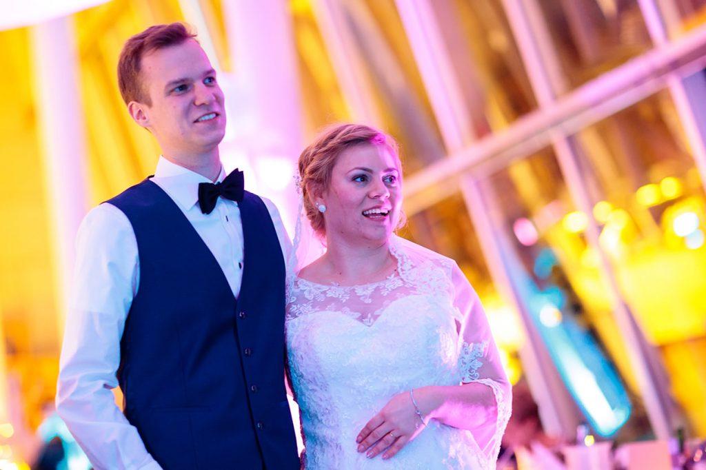 Das Brautpaar auf der Hochzeitsfeier im Kongress Hotel Potsdam
