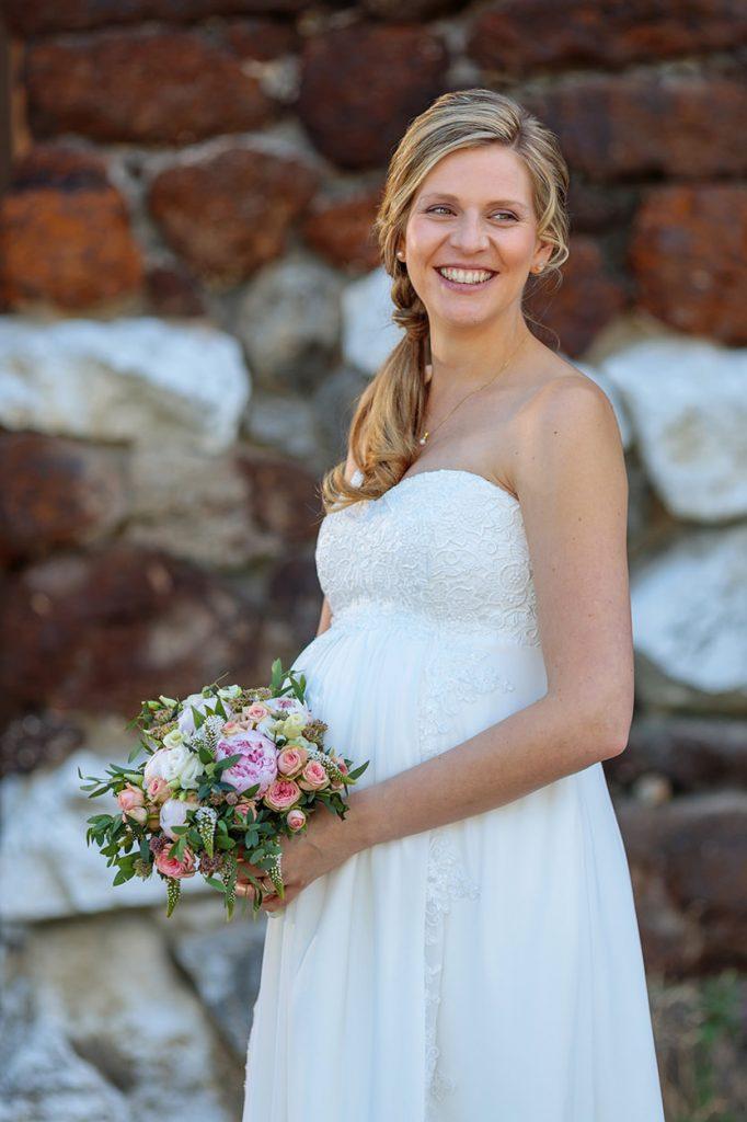 Die Braut in der Muschelgrotte im Neuen Garten Potsdam