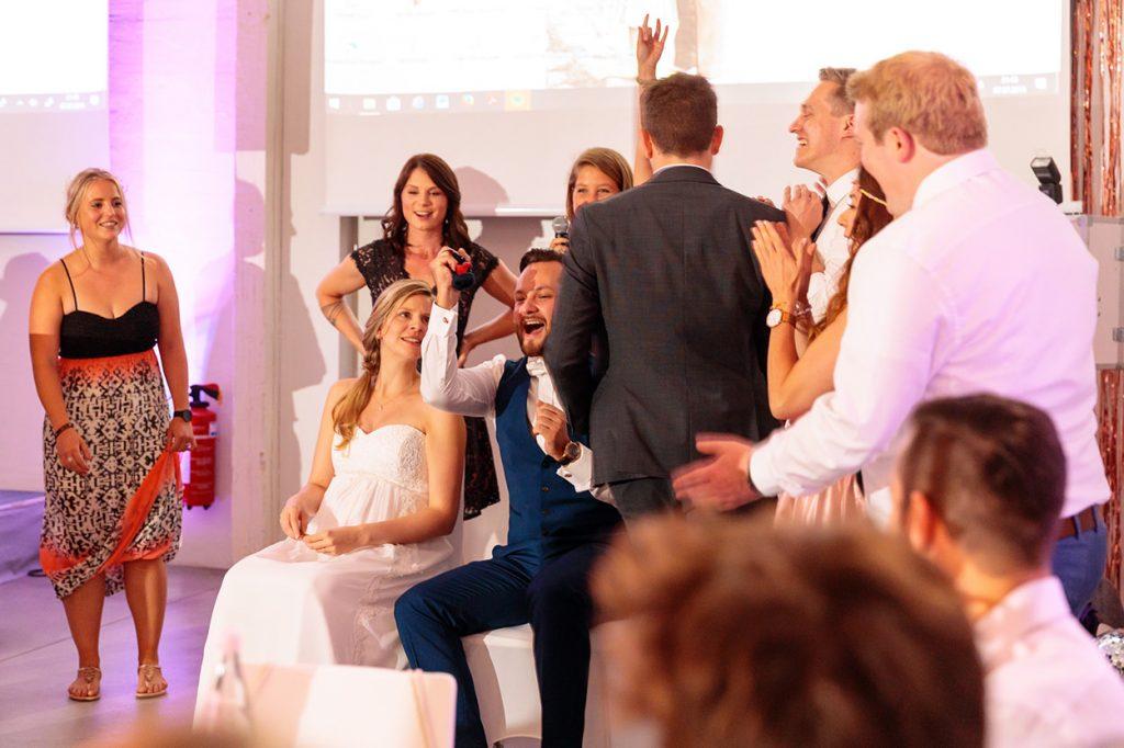 Hochzeitsspiele während der Hochzeitsfeier im BlauArt Tagungshaus