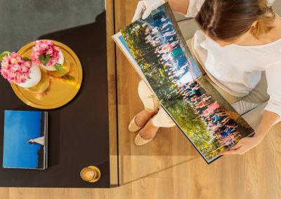 Hochzeitsalbum von Reinhardt & Sommer mit tollem Gruppenpanoramafoto