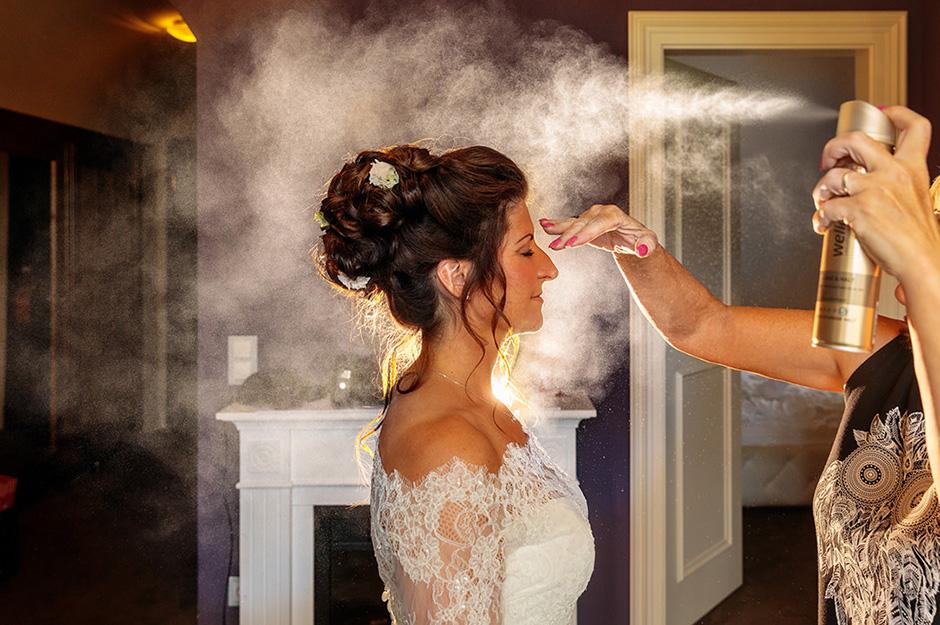 Vorbereitungen der Braut bei Hochzeit auf Schloss Kartzow