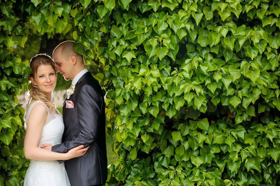 Hochzeitsfoto mit Brautpaar im Lustgarten Potsdam
