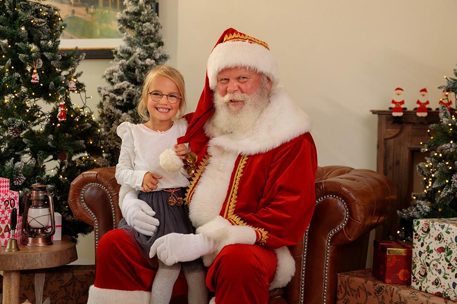 Familienfotoshooting mit dem Weihnachtsmann in Potsdam