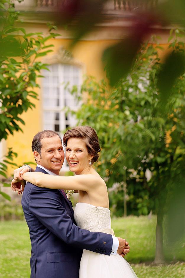 Brautpaar im Garten vor den Neuen Kammern in Potsdam Sanssouci