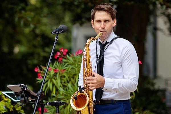 Gesang Saxophon Andrew Carrington Hochzeitssaenger