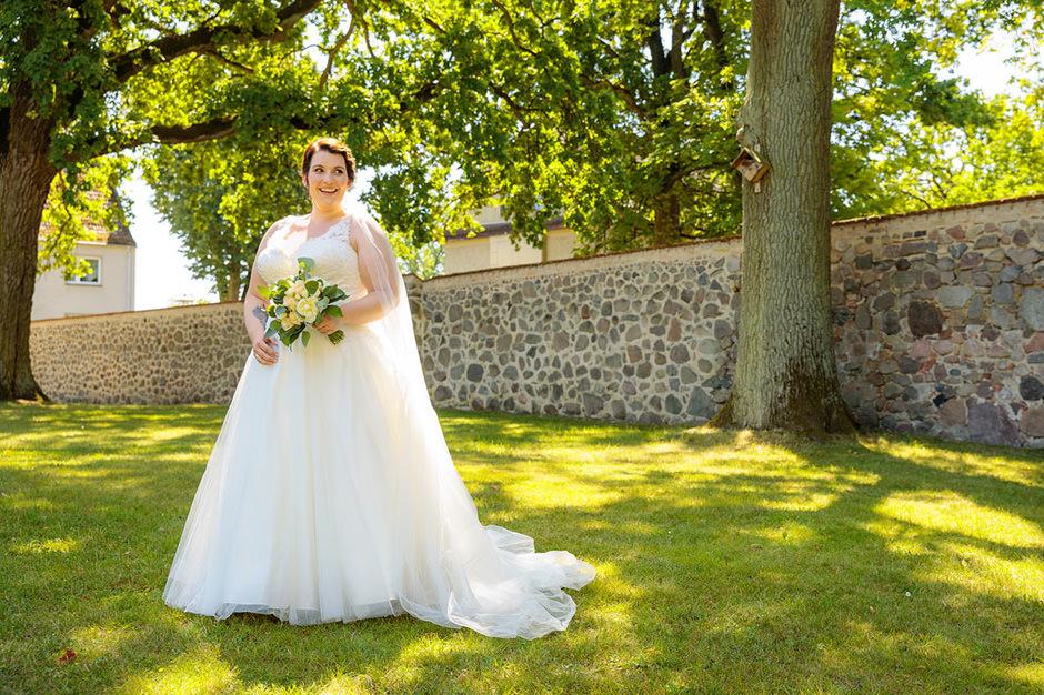 Hochzeitsfoto Portrait einer Braut auf Schloss Liebenberg