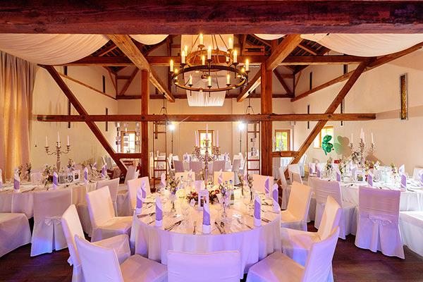 Blick in den Saal der Hochzeitslocation Rittmeister Kemnitz