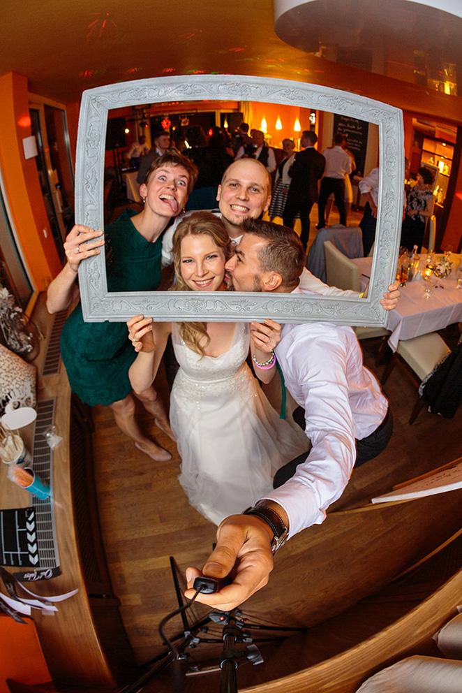 Fotobox mit Fischaugeneffekt für Partyspaß auf Hochzeit
