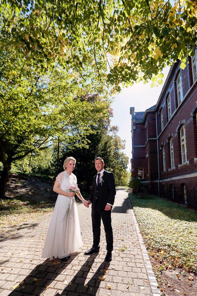 Hochzeitsfotos in Berlin nach der Trauung im Standesamt Neukölln
