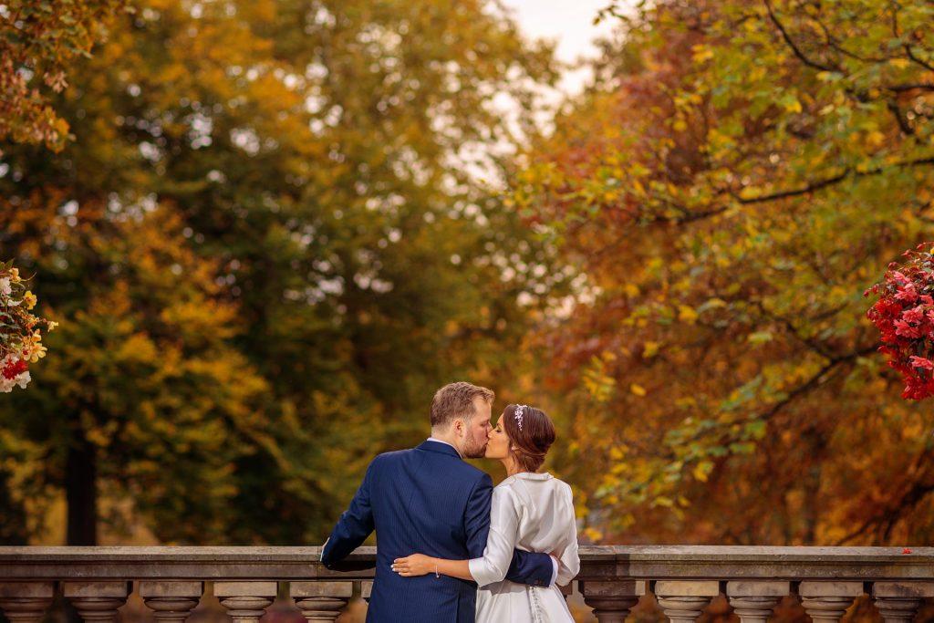 Brautpaar und Potsdam erstrahlen im Herbst