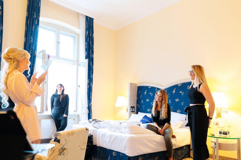 Vorbereitung der Braut im NH Hotel Potsdam
