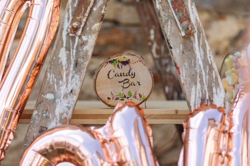 Eine personalisiert Candy Bar auf der Hochzeitsfeier