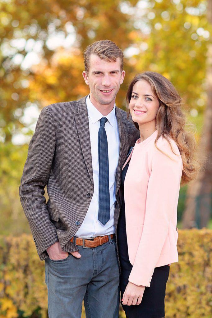 Fotos von den Hochzeitsgästen im Herbst