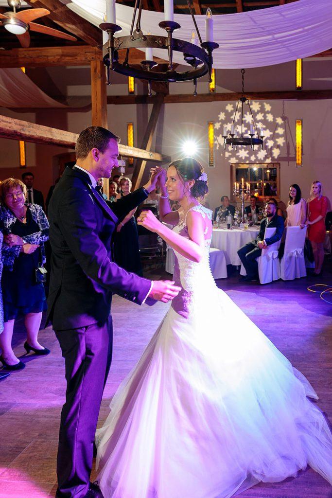 Der Hochzeitstanz des Brautpaares