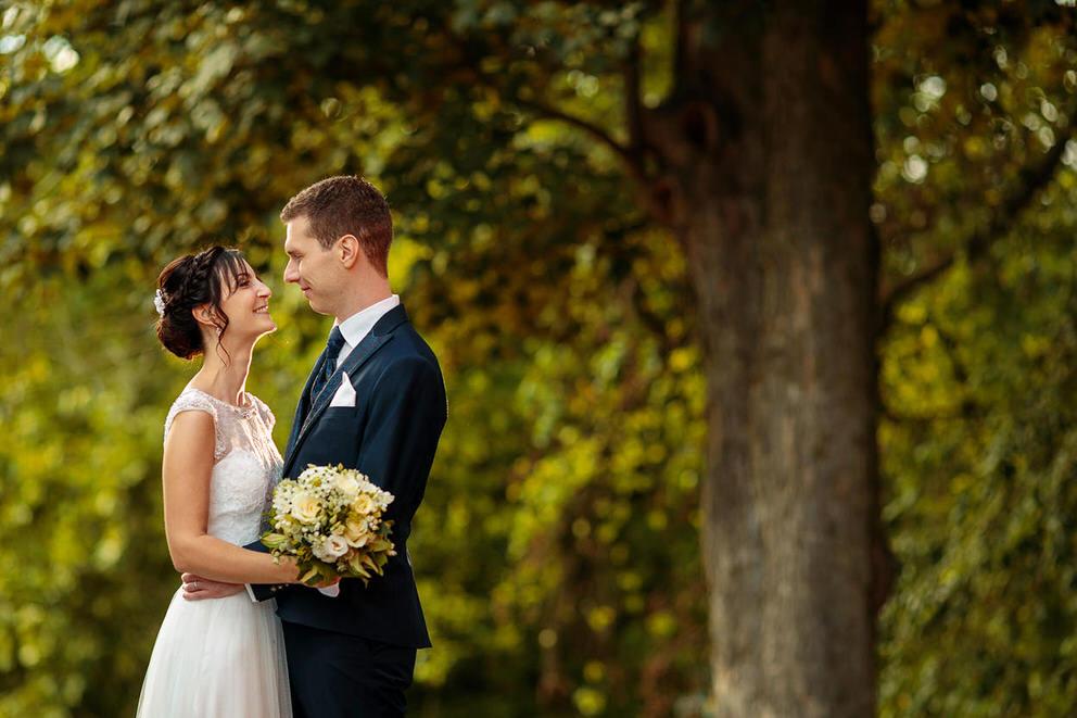 Hochzeitsfotos im Sommer auf dem Landgut Stober bei Nauen