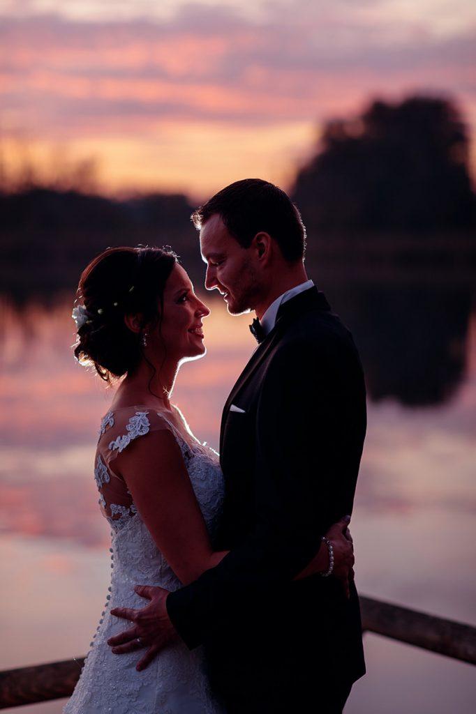 Hochzeitsfotos zum Sonnenuntergang am Plessower See