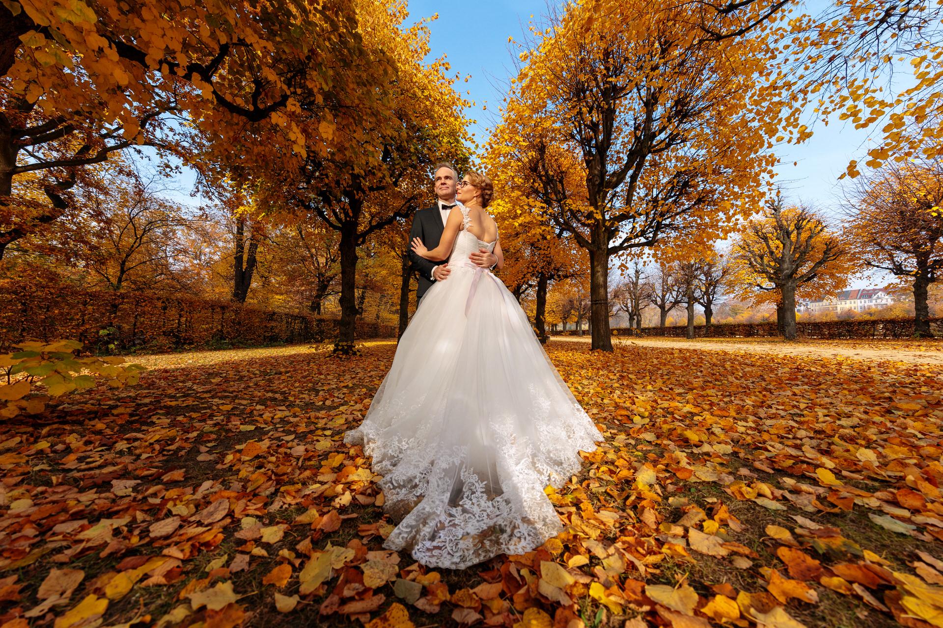 Hochzeit im Oktober mit Hochzeitsfotos im Schlosspark Charlottenburg Berlin
