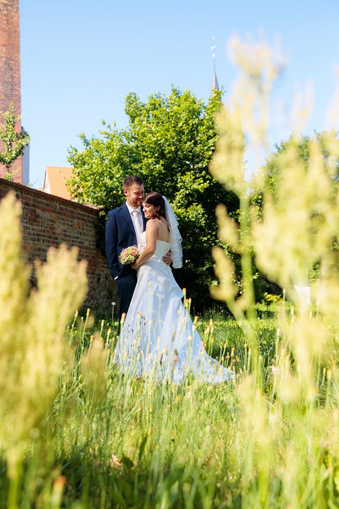Hochzeitsfoto in Lübben nach der Kirche