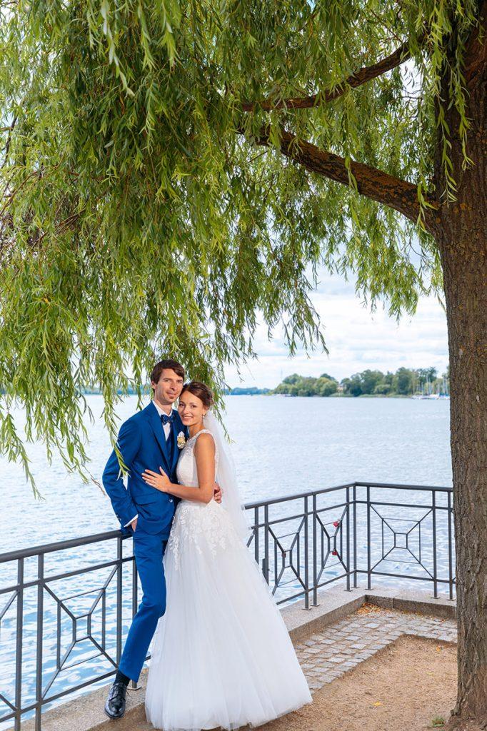 Hochzeitsfotos am Wasser in Neuruppin