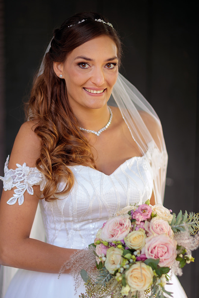 Porträt einer Braut auf Schloss Diedersdorf