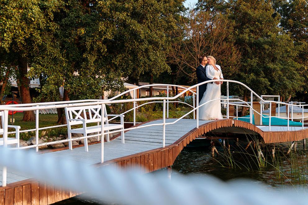 Hochzeitsfoto am Panorama Hotel Oberuckersee in der Uckermark