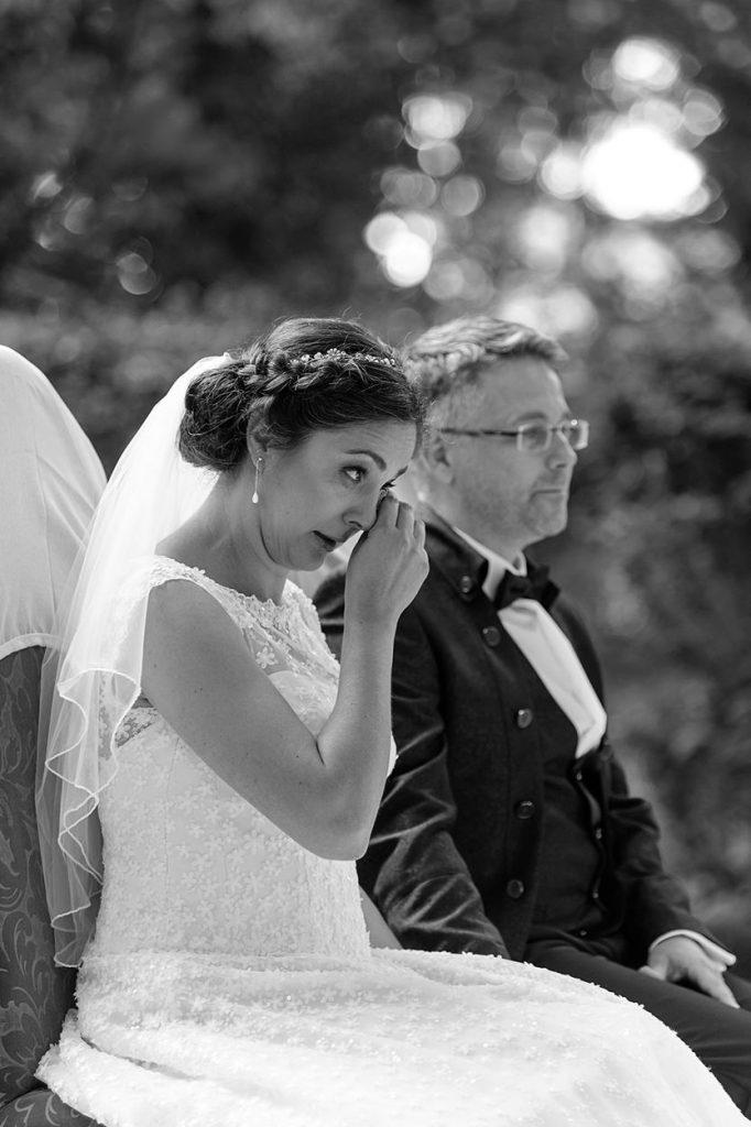 Eine emotionale Trauung im Park von Schloss Blankensee