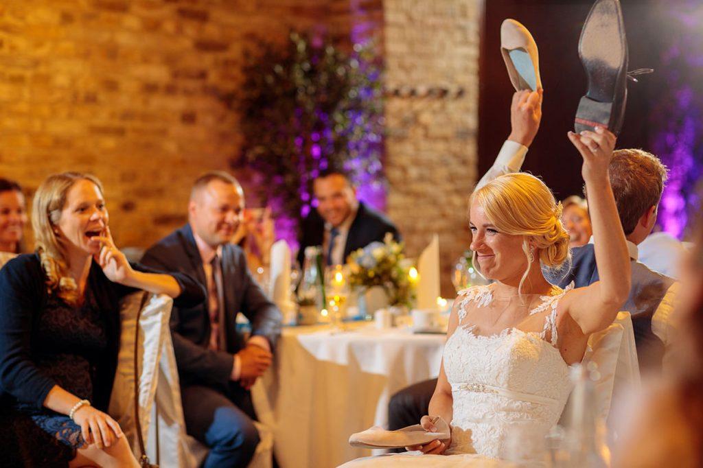 Verbietet nicht alle Hochzeitsspiele. Sie bieten auch schöne Möglichkeiten für mehr Hochzeitsfotos