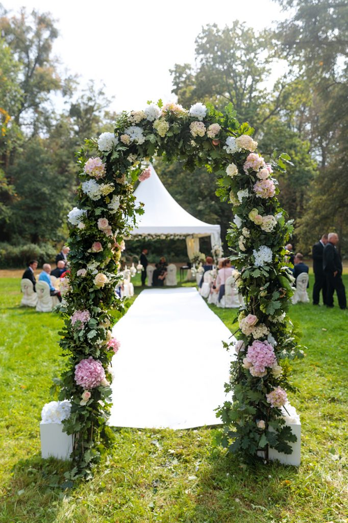 Die zauberhafte Dekoration des Hochzeitstages stammt von Nadja Meyer