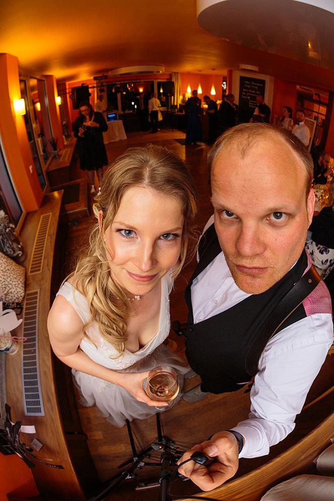 Selfiebox für die Hochzeit mit tollen Gästefotos