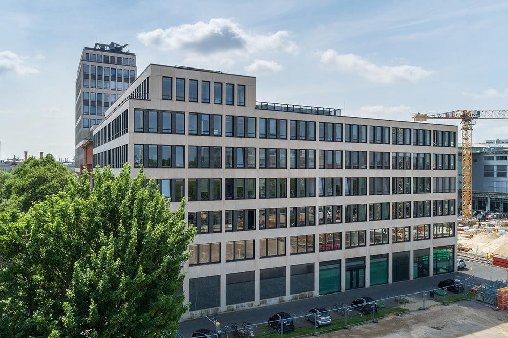 Drohnenbild von Immobilie in Berlin von Fotograf in Tiergarten